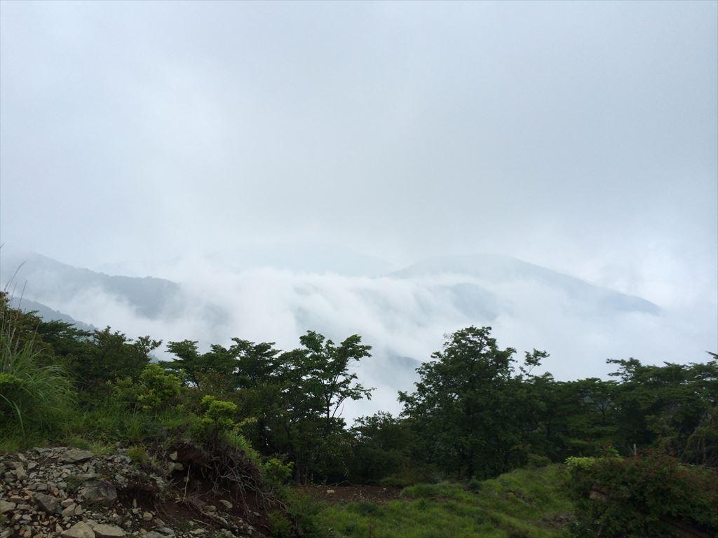 丹沢山と蛭ヶ岳  日帰り登山 神奈川県最高峰を目指し、いざ丹沢主脈縦走(2015.6.13)