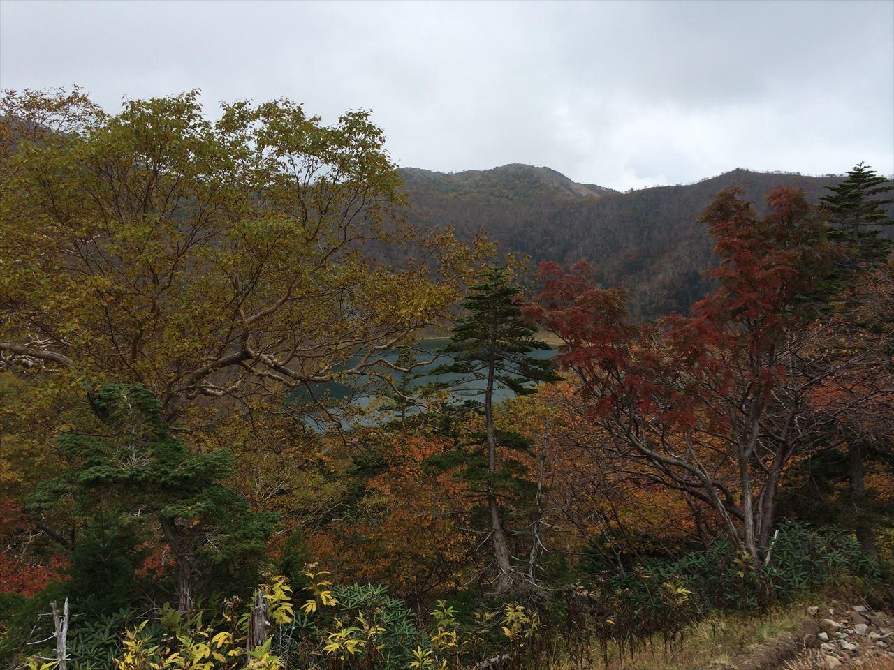 日光白根山 日帰り登山   秋の紅葉なら関東最高峰の日光に行こう(2015.9.27)