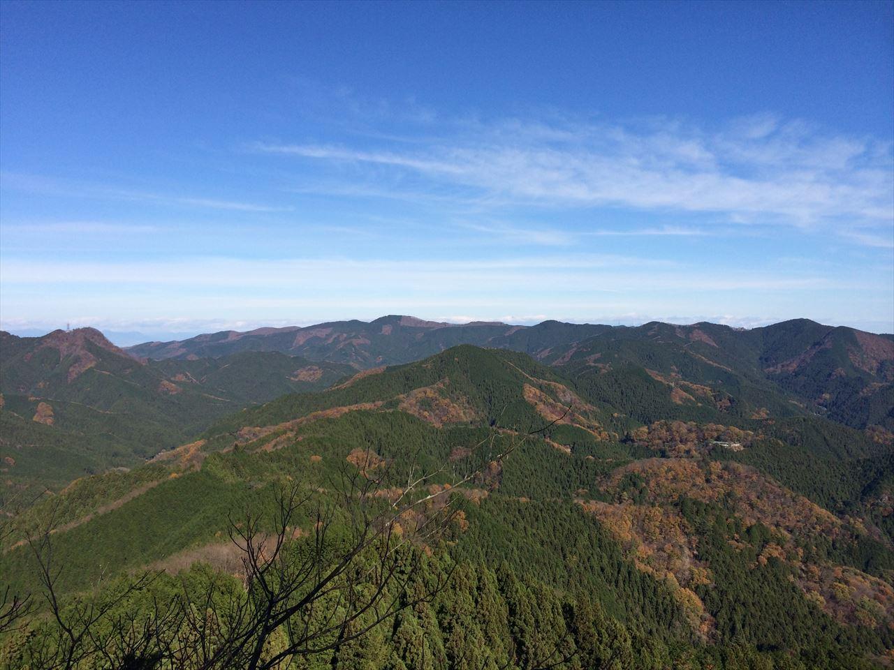 伊豆ヶ岳 登山 男盛りに男坂、男勝りも男坂(2015.11.29)