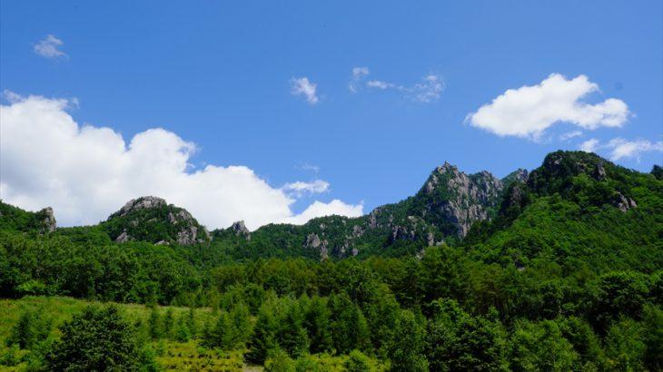 瑞牆山 登山 空海が刻む神秘のカンマンボロンと水の峰