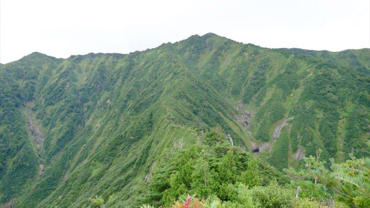 荒沢岳 登山 頭を守れ!新潟の秘境で鎖場にびびり魚沼産のはざ掛米に癒される旅