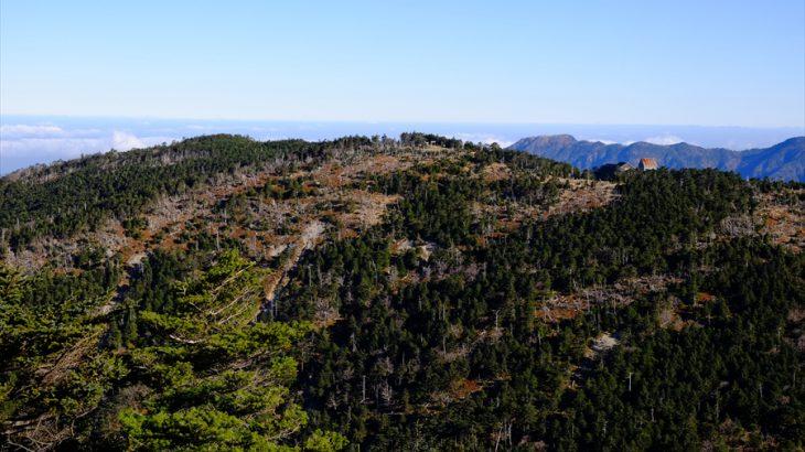 大峰山 登山 足を着くな!日本最古の百名山は青い山脈と海の大絶景