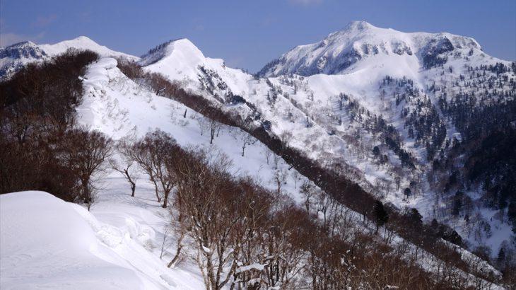 鹿俣山 雪山登山(たんばらスキーパーク) ブナEXPOとたんばら除雪隊!こいつが冬の武尊山の新定番だ!