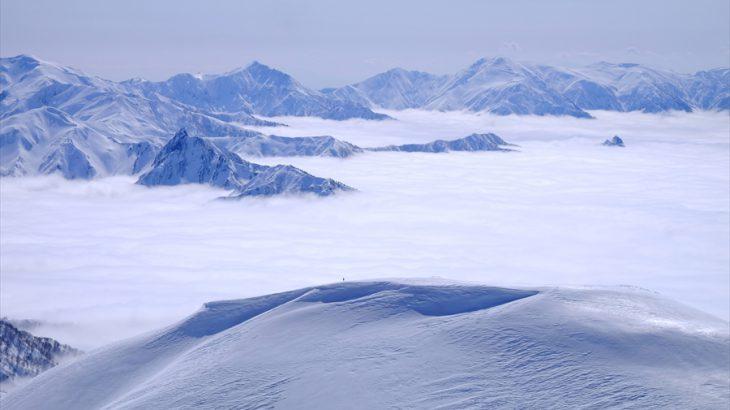 巻機山 雪山登山 吼えろ!ジーパン刑事 霧氷と山頂からの絶景はドーパミンマシンガン